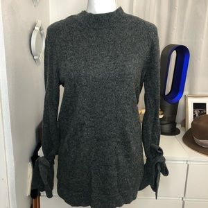 Ann Taylor Wool Cashmere Sweater W/ Tie Bows
